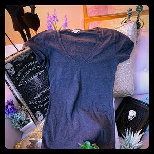 Tops - Charcoal fitted v-neck tee